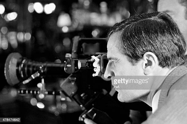 Francois Truffaut in the camera during the shooting of the program ''Library of pocket''