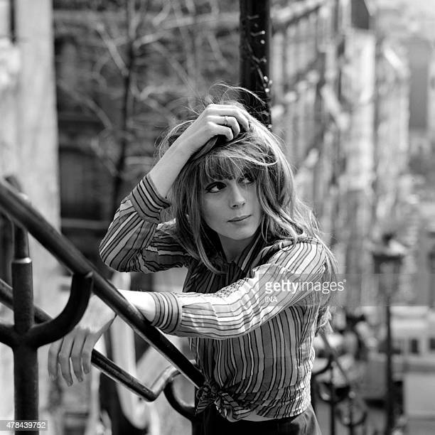 Francoise Dorleac in the staircases of the mound Montmartre during the shooting of the program ''Neither fig nor grape'' realized by Pierre Koralnik
