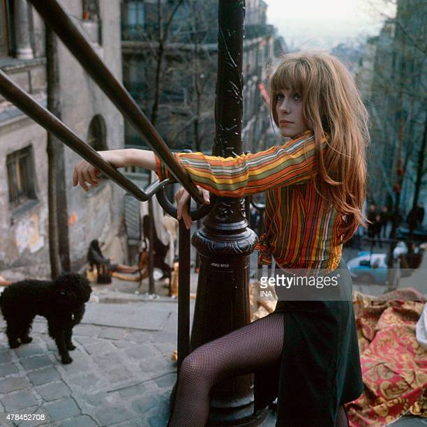Francoise Dorleac sdans the staircases of the mound Montmartre during the shooting of the program ''Neither fig nor grape'' realized by Pierre...
