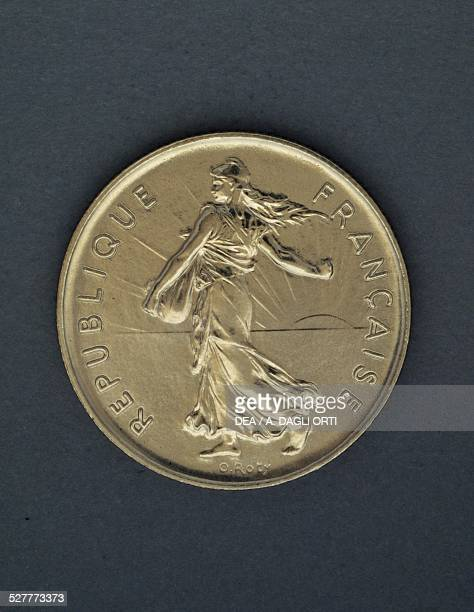 5 francs coin obverse Marianne allegory of the French Republic France 20th century