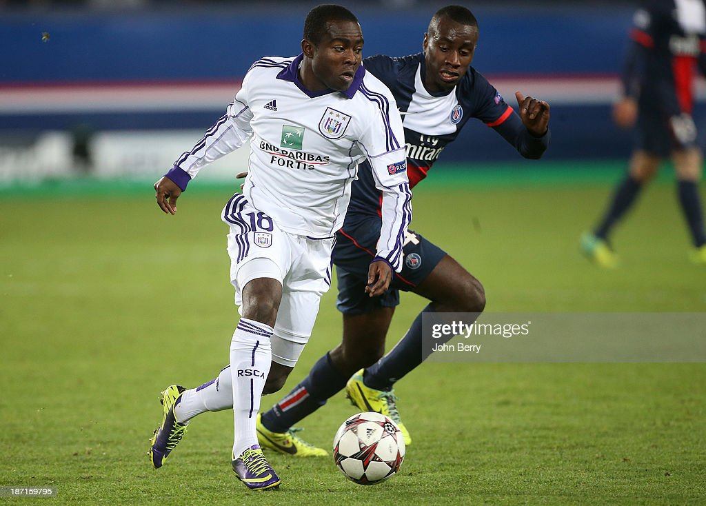 Frank Acheampong of Anderlecht and Blaise Matuidi of PSG in action during the UEFA Champions League match between Paris SaintGermain FC and RSC...
