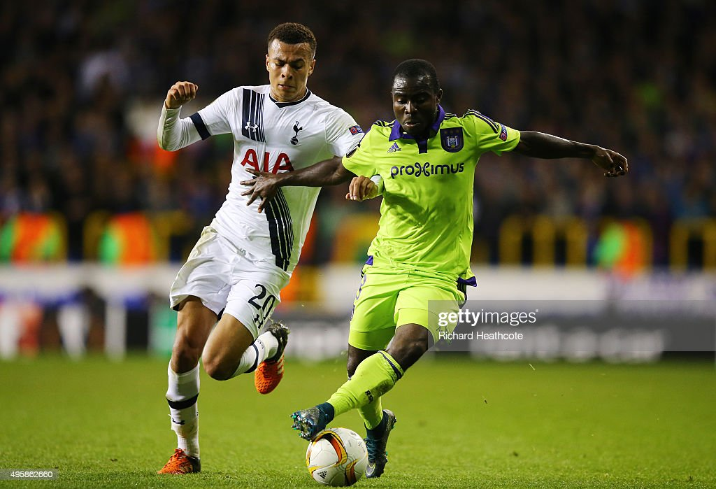 Frank Acheampong of Anderlecht holds off the challenge from Dele Alli of Spurs during the UEFA Europa League Group J match between Tottenham Hotspur...