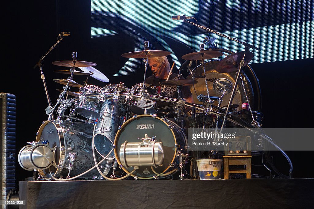 <a gi-track='captionPersonalityLinkClicked' href=/galleries/search?phrase=Frank+Beard&family=editorial&specificpeople=829937 ng-click='$event.stopPropagation()'>Frank Beard</a> of ZZ Top performs at the Akron Civic Theatre on October 3, 2012 in Akron, Ohio.