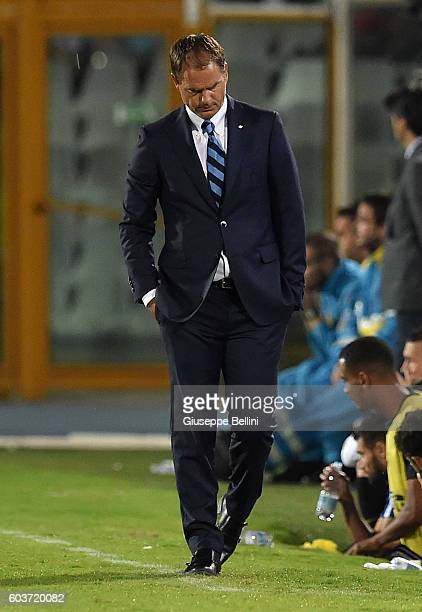 Frank De Boer head coach of FC Internazionale during the Serie A match between Pescara Calcio and FC Internazionale at Adriatico Stadium on September...