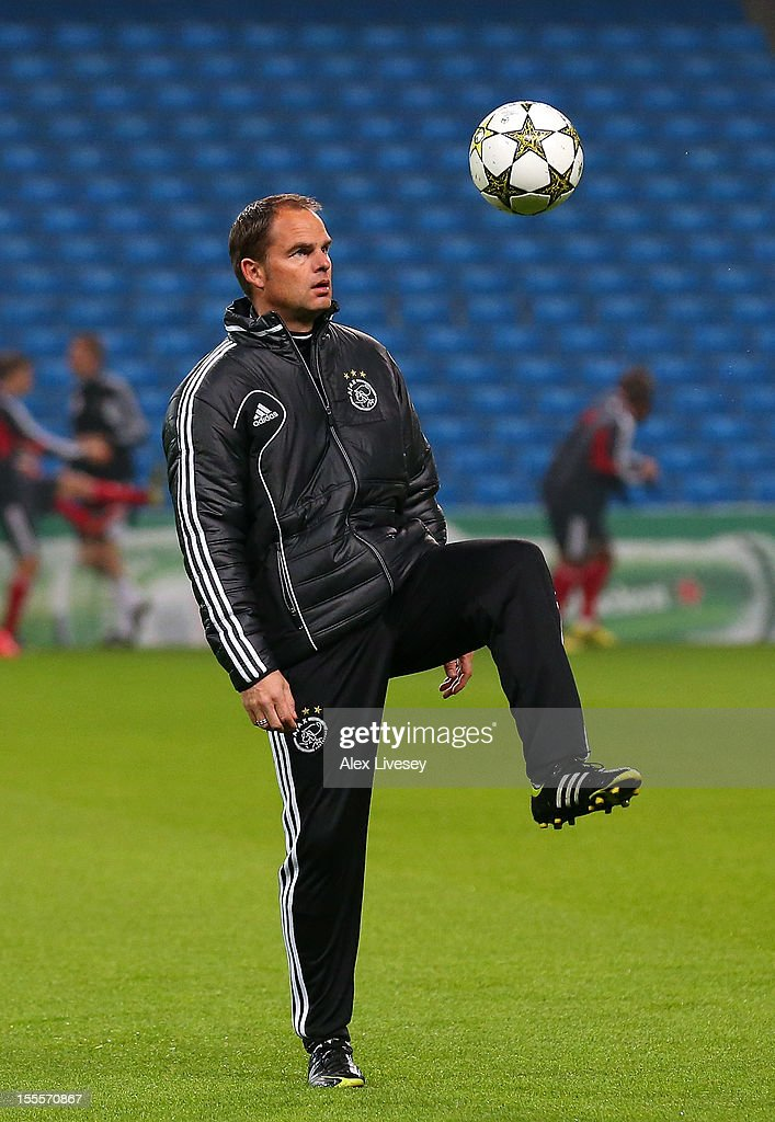 <a gi-track='captionPersonalityLinkClicked' href=/galleries/search?phrase=Frank+De+Boer&family=editorial&specificpeople=1006742 ng-click='$event.stopPropagation()'>Frank De Boer</a> the coach of Ajax Amsterdam juggles with the ball during a training session at Etihad Stadium on November 5, 2012 in Manchester, England.