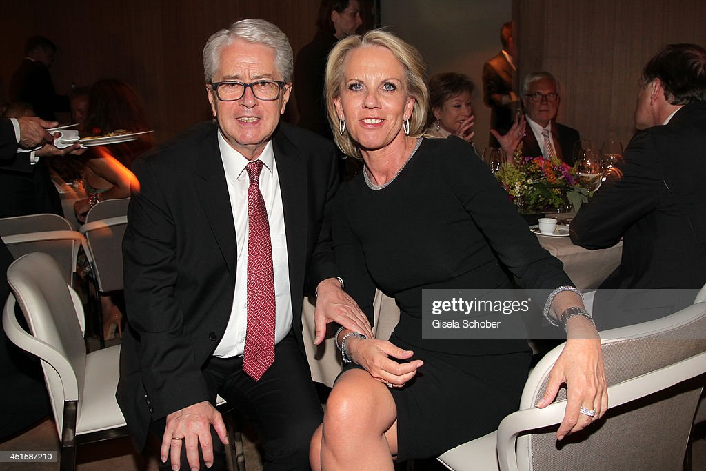 <a gi-track='captionPersonalityLinkClicked' href=/galleries/search?phrase=Frank+Elstner&family=editorial&specificpeople=3948665 ng-click='$event.stopPropagation()'>Frank Elstner</a> and his wife Britta attend the 'Gala Abend mit Arthur Cohn' - as part of Filmfest Muenchen 2014 at Gasteig and Dinner at Hotel Bayerischer Hof on July 1, 2014 in Munich, Germany