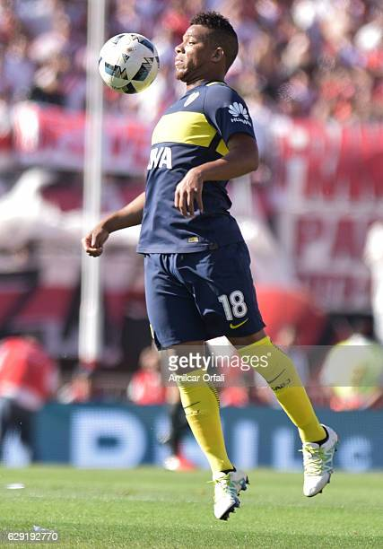 Frank Fabra of Boca Juniors controls the ball during a match between River Plate and Boca Juniors as part of Torneo Primera Division 2016/17 at...