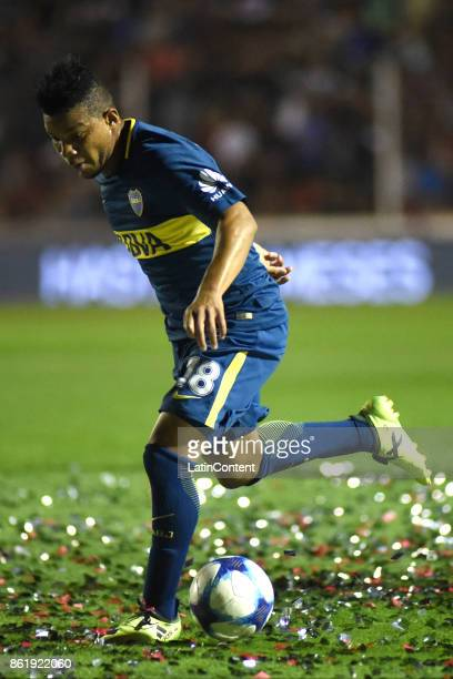 Frank Fabra of Boca Juniors drives the ball during a match between Patronato and Boca Juniors as part of Superliga 2017/18 at Presbitero Bartolome...