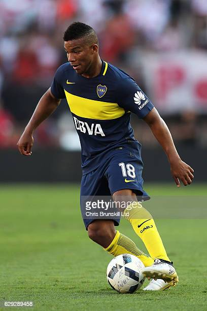 Frank Fabra of Boca Juniors in action during the Argentine Primera Division match between River Plate and Boca Juniors at the Estadio Monumental...