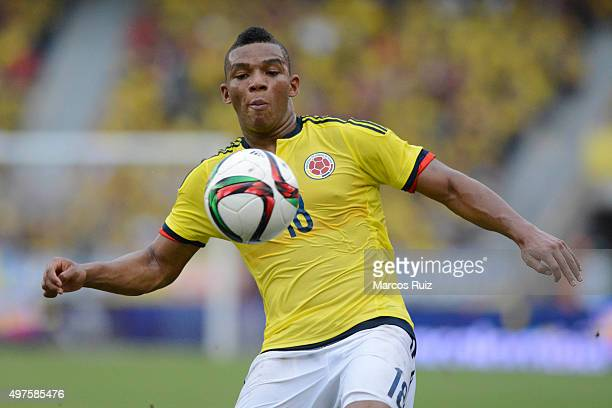 Frank Fabra of Colombia control the ball during a match between Colombia and Argentina as part of FIFA 2018 World Cup Qualifiers at Metropolitano...