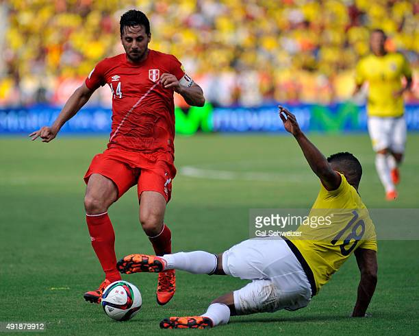 Frank Fabra of Colombia fights for the ball with Claudio Pizarro of Peru during a match between Colombia and Peru as part of FIFA 2018 World Cup...