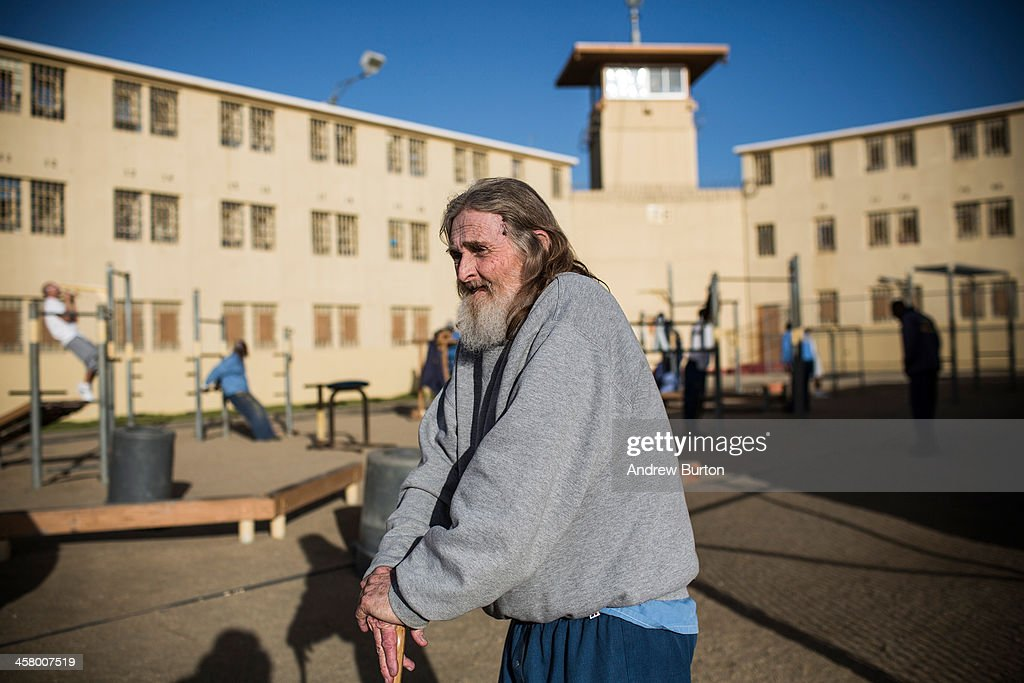 aging in prison A new york-based prisoner advocacy organization wants to put an end to elderly  americans aging—and dying—behind bars a new report.