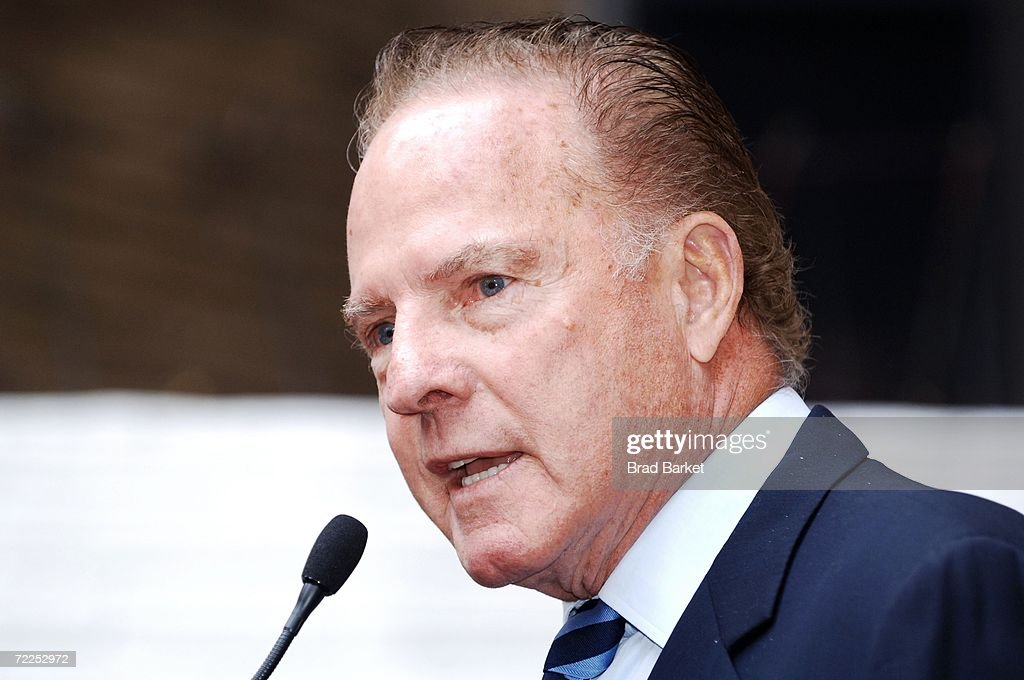 <a gi-track='captionPersonalityLinkClicked' href=/galleries/search?phrase=Frank+Gifford&family=editorial&specificpeople=214258 ng-click='$event.stopPropagation()'>Frank Gifford</a> speaks at the 10th Anniversary of Cassidy's Place at Cassidy's Place on October 24, 2006 in New York City.