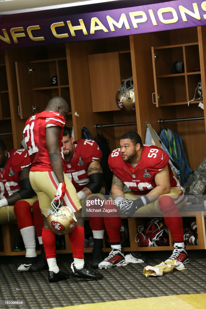 Frank Gore #21 of the San Francisco 49ers talks with the offensive line in the locker room at halftime of Super Bowl XLVII against the Baltimore Ravens at the Mercedes-Benz Superdome on February 3, 2013 in New Orleans, Louisiana. The Ravens won 34-31.