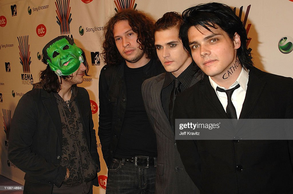 Frank Iero, Ray Toro, Mikey Way and Gerard Way of My ...