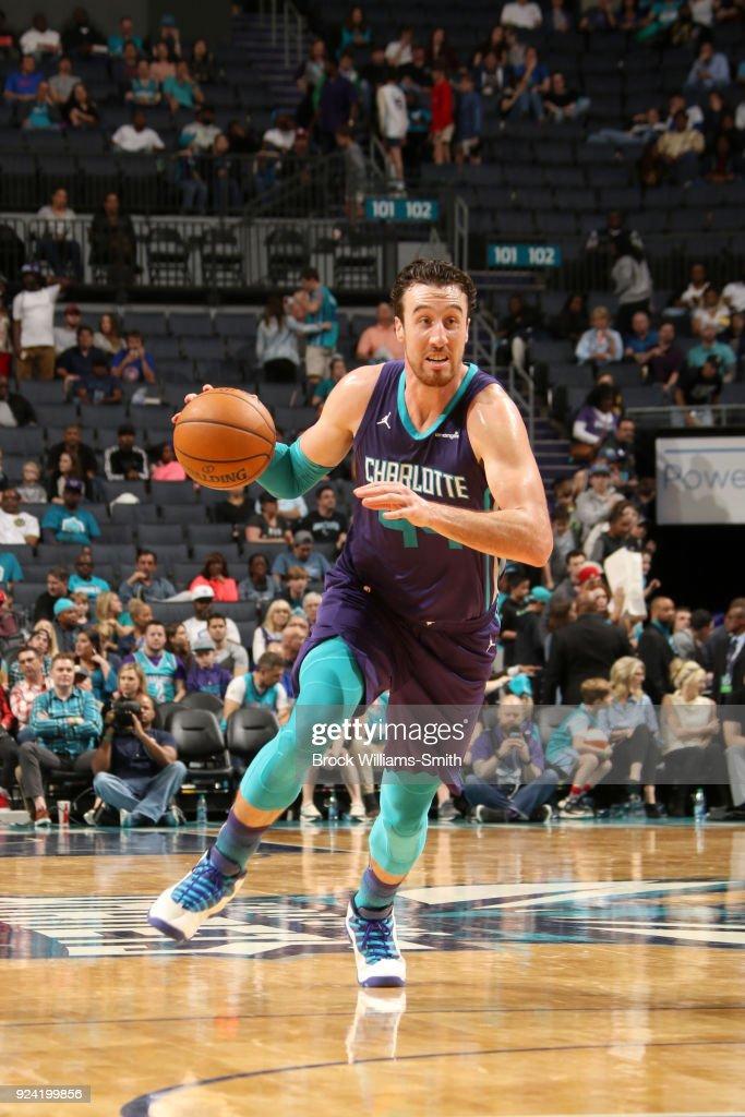 Frank Kaminsky #44 of the Charlotte Hornets handles the ball against the Detroit Pistons on February 25, 2018 at Spectrum Center in Charlotte, North Carolina.