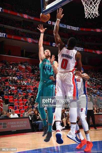 Frank Kaminsky of the Charlotte Hornets shoots the ball against the Detroit Pistons on October 18 2017 at Little Caesars Arena in Detroit Michigan...