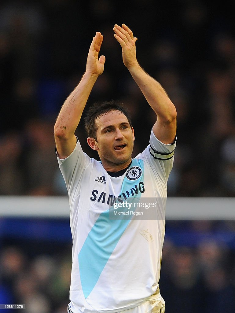 Frank Lampard of Chelsea acknowledges the fans at the end of the Barclays Premier League match between Everton and Chelsea at Goodison Park on December 30, 2012 in Liverpool, England.