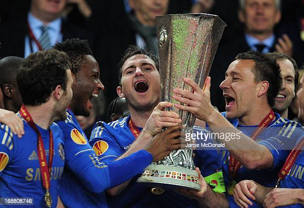 Frank Lampard of Chelsea and John Terry of Chelsea lift the trophy during the UEFA Europa League Final between SL Benfica and Chelsea FC at Amsterdam...