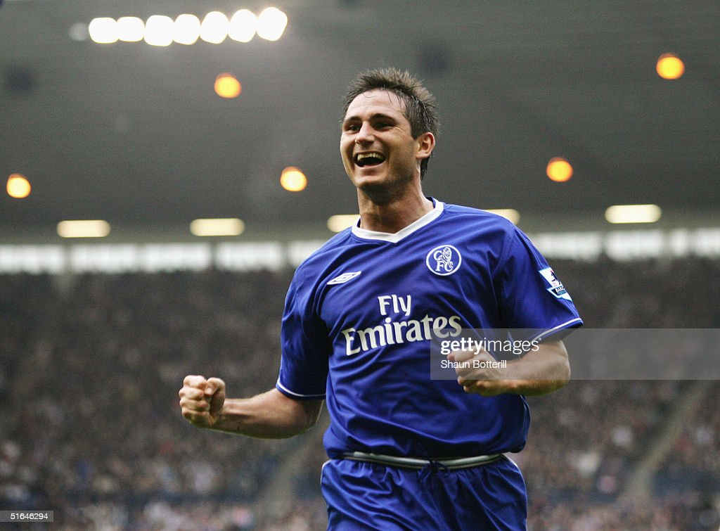 Frank Lampard of Chelsea celebrates during the Barclays Premiership match between West Bromich Albion and Chelsea at the Hawthorns on October 30 2004...