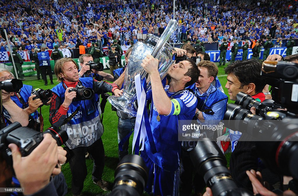Frank Lampard of Chelsea celebrates kissing the trophy after their victory in the UEFA Champions League Final between FC Bayern Muenchen and Chelsea at the Fussball Arena München on May 19, 2012 in Munich, Germany.