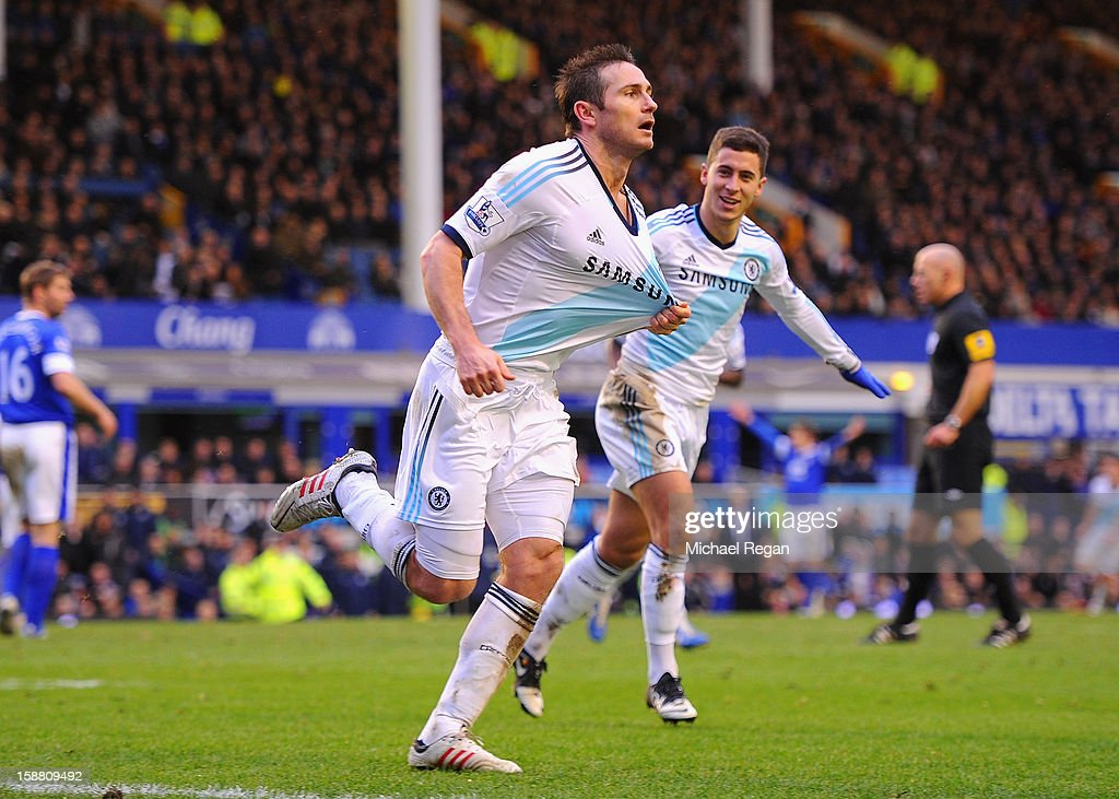 Frank Lampard of Chelsea celebrates scoring his team's second goal to make the score 1-2 during the Barclays Premier League match between Everton and Chelsea at Goodison Park on December 30, 2012 in Liverpool, England.