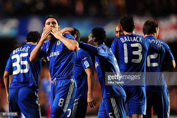Frank Lampard of Chelsea celebrates scoring the third goal during the UEFA Champions League Group D match between Chelsea and Atletico Madrid at...