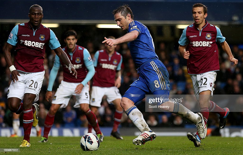 Frank Lampard of Chelsea in action during the Barclays Premier League match between Chelsea and West Ham United at Stamford Bridge on March 17, 2013 in London, England.