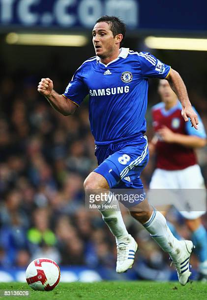 Frank Lampard of Chelsea in action during the Barclays Premier League match between Chelsea and Aston Villa at Stamford Bridge on October 5 2008 in...