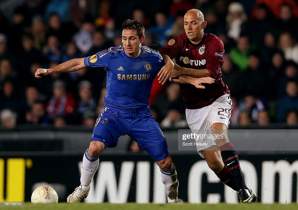 <a gi-track='captionPersonalityLinkClicked' href=/galleries/search?phrase=Frank+Lampard+-+Born+1978&family=editorial&specificpeople=11497645 ng-click='$event.stopPropagation()'>Frank Lampard</a> of Chelsea (L) in action with <a gi-track='captionPersonalityLinkClicked' href=/galleries/search?phrase=Roman+Bednar&family=editorial&specificpeople=634984 ng-click='$event.stopPropagation()'>Roman Bednar</a> of Sparta Praha during the UEFA Europa League match between AC Sparta Praha and Chelsea on February 14, 2013 in Prague, Czech Republic.