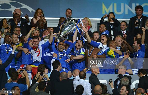 Frank Lampard of Chelsea lifts the trophy and celebrates with his team mates after their victory in the UEFA Champions League Final between FC Bayern...