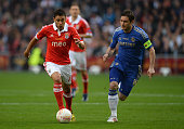 Frank Lampard of Chelsea marshalls Eduardo Salvio of Benfica during the UEFA Europa League Final between SL Benfica and Chelsea FC at Amsterdam Arena...