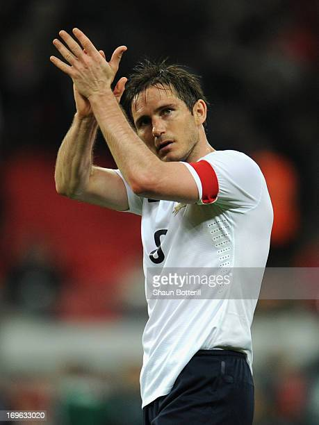 Frank Lampard of England applauds the crowd after the International Friendly match between England and the Republic of Ireland at Wembley Stadium on...