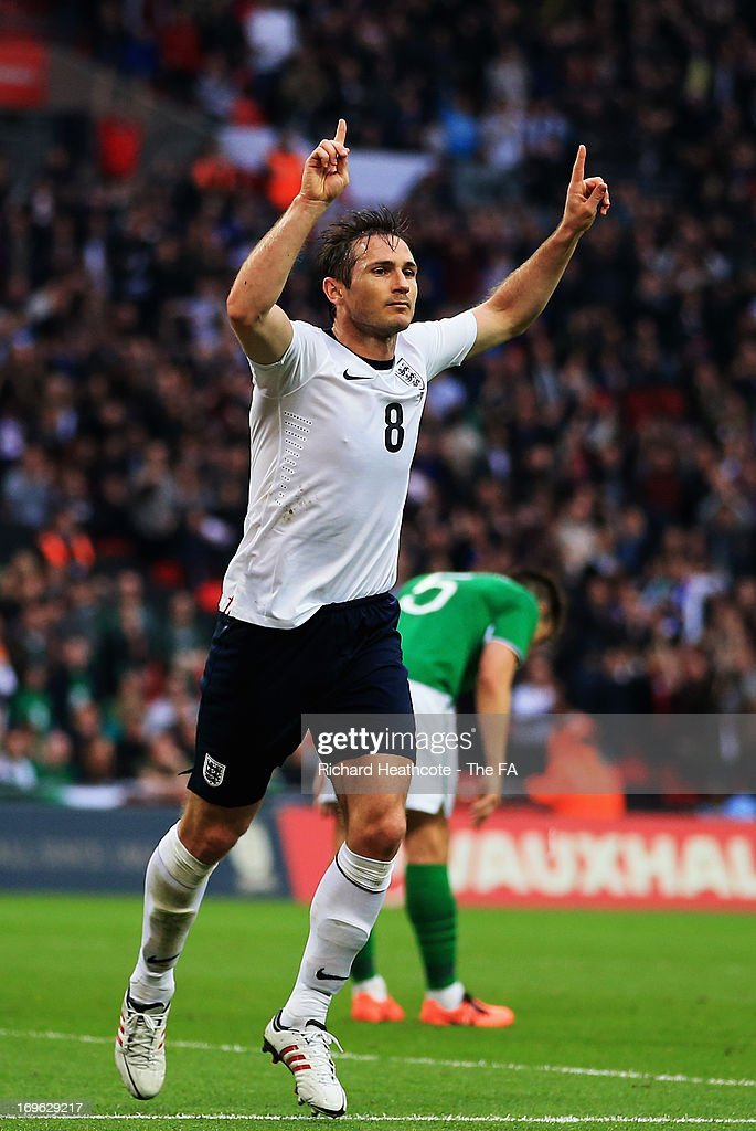 <a gi-track='captionPersonalityLinkClicked' href=/galleries/search?phrase=Frank+Lampard+-+Geboren+1978&family=editorial&specificpeople=11497645 ng-click='$event.stopPropagation()'>Frank Lampard</a> of England celebrates after scoring a goal during the International Friendly match between England and Republic of Ireland at Wembley Stadium on May 29, 2013 in London, England.