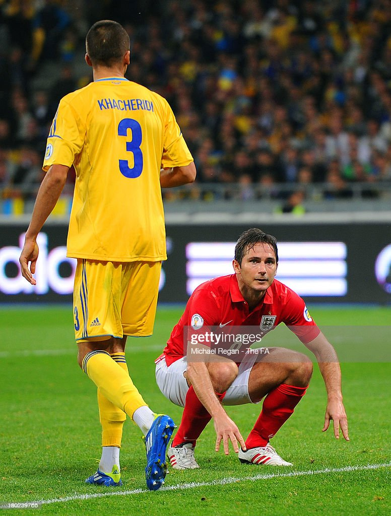 <a gi-track='captionPersonalityLinkClicked' href=/galleries/search?phrase=Frank+Lampard+-+Born+1978&family=editorial&specificpeople=11497645 ng-click='$event.stopPropagation()'>Frank Lampard</a> of England reacts after heading wide of goal in the final minutes during the FIFA 2014 World Cup Qualifying Group H match between Ukraine and England at the Olympic Stadium on September 10, 2013 in Kiev, Ukraine.