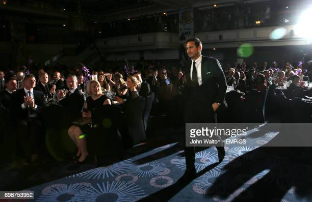 Frank Lampard walks to the stage to collect his PFA Merit Award during the 2015 PFA Player of the Year Awards