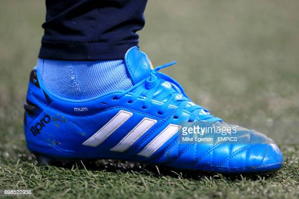 Frank Lampard's Adidas football boots bear the word 'Mum' printed under the ankle