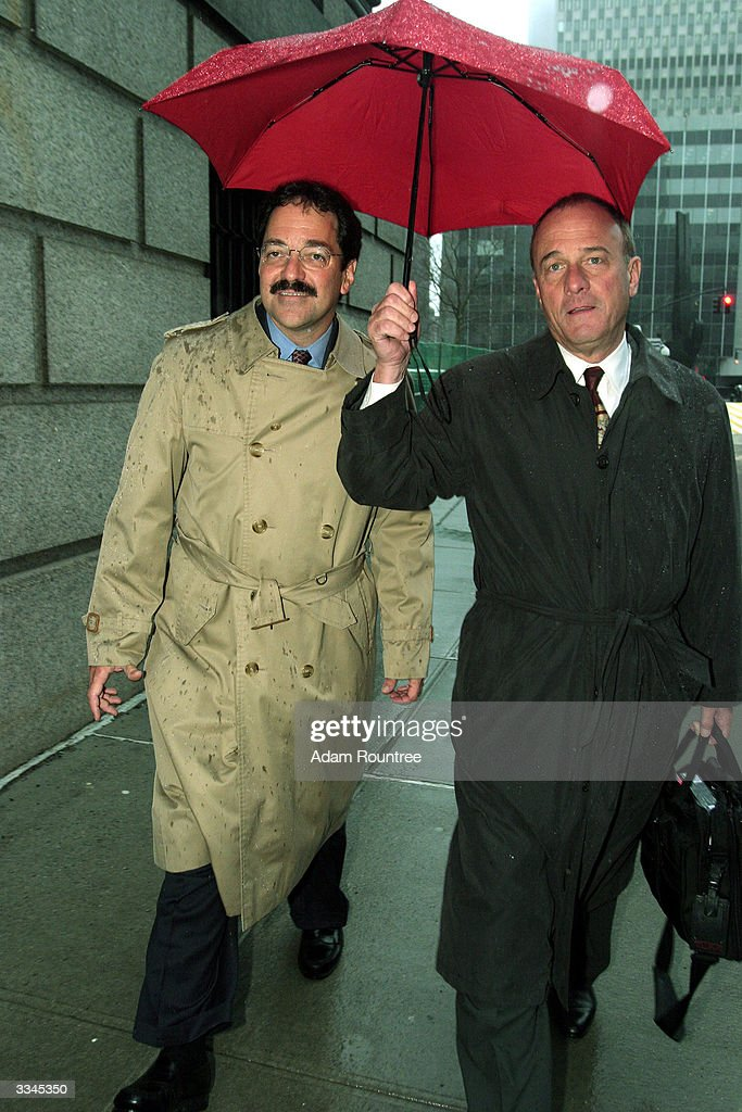 Frank Quattrone former Credit Suisse investment banker returns with his attorney John Keker to federal court for jury selection after a break April...