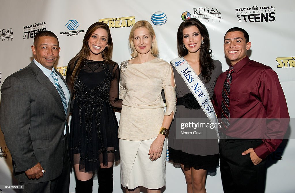 Frank Sanchez Jr., Madison Kaplan, <a gi-track='captionPersonalityLinkClicked' href=/galleries/search?phrase=Kelly+Rutherford&family=editorial&specificpeople=217987 ng-click='$event.stopPropagation()'>Kelly Rutherford</a>, Miss New York Amanda Mason and Roman Maldonado attend the Boys & Girls Clubs of America New York screening of 'The Stream' at Regal Union Square Theatre, Stadium 14 on October 15, 2013 in New York City.