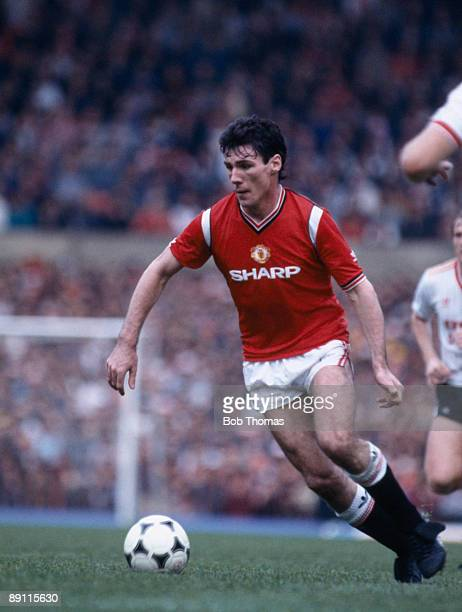 Frank Stapleton in action for Manchester United against Liverpool at Old Trafford in Manchester 19th October 1985 The match ended in a 11 draw