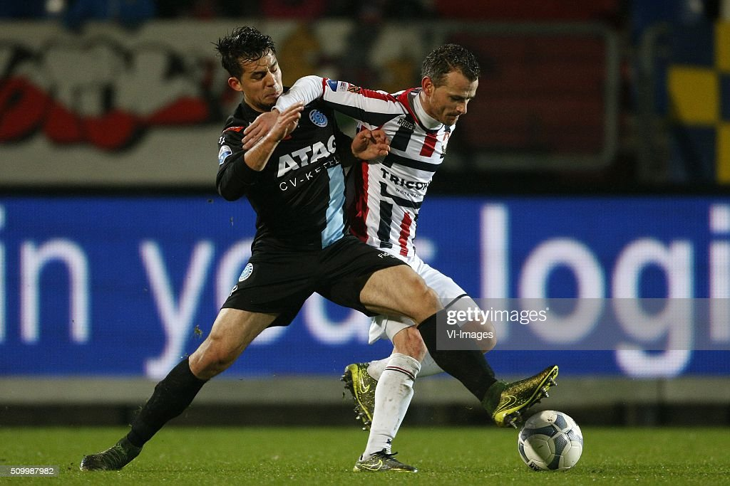 Frank van der Struijk of Willem II (R) during the Dutch Eredivisie match between Willem II Tilburg and De Graafschap at Koning Willem II stadium on February 13, 2016 in Tilburg, The Netherlands
