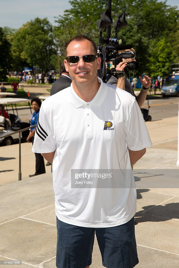 <a gi-track='captionPersonalityLinkClicked' href=/galleries/search?phrase=Frank+Vogel+-+Basketball+Coach&family=editorial&specificpeople=10043336 ng-click='$event.stopPropagation()'>Frank Vogel</a> head coach for the Indiana Pacers of the NBA attends the 2015 IPL 500 Festival Parade during the 2015 Indy 500 Festival at on May 23, 2015 in Indianapolis, Indiana.