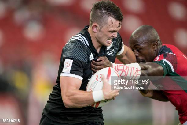 Frank Wanyama of Kenya tries to stop Lewis Ormond of New Zealand who runs with the ball during the match New Zealand vs Kenya Day 2 of the HSBC...