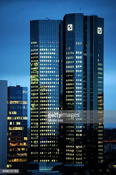 D Frankfurt am Main Bankenviertel am Abend