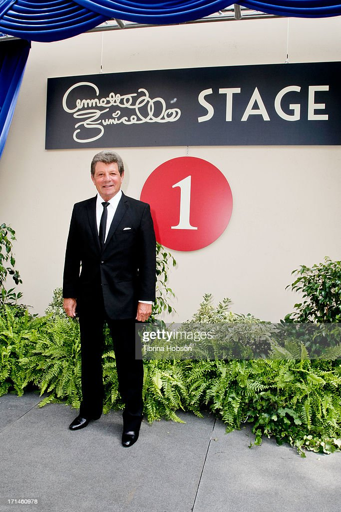 <a gi-track='captionPersonalityLinkClicked' href=/galleries/search?phrase=Frankie+Avalon&family=editorial&specificpeople=223972 ng-click='$event.stopPropagation()'>Frankie Avalon</a> attends the stage one rededication ceremony hosted by Walt Disney Company CEO Bob Iger honoring 'America's Sweetheart' Annette Funicello at Walt Disney Studios on June 24, 2013 in Burbank, California.