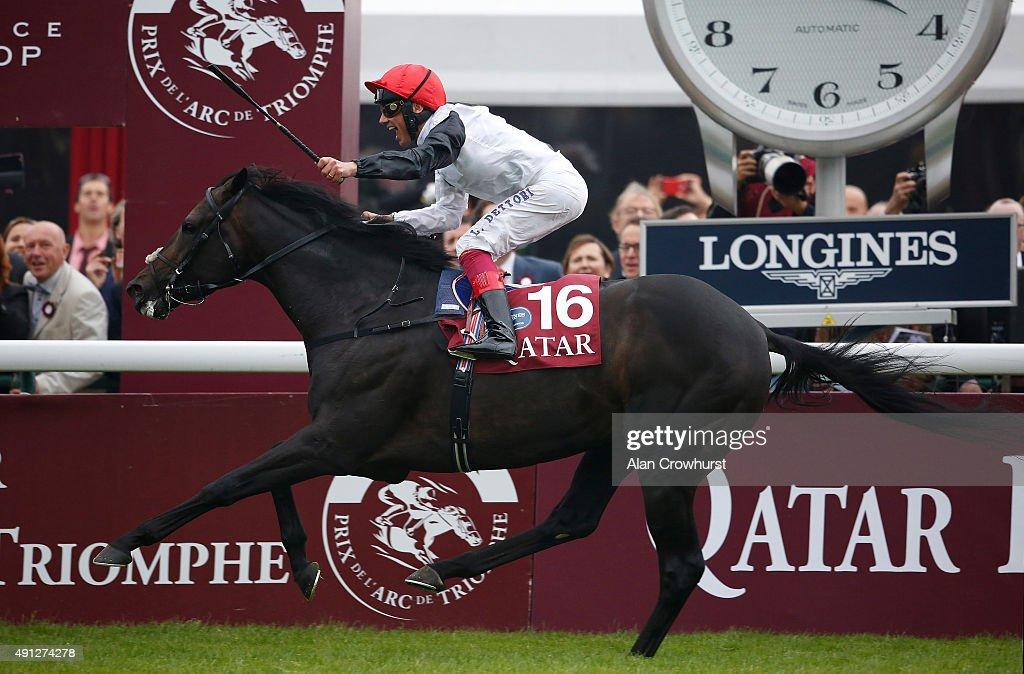 Frankie Dettori riding Golden Horn win The Qatar Prix De L'Arc De Triomphe at Longchamp racecourse on October 04 2015 in Paris France