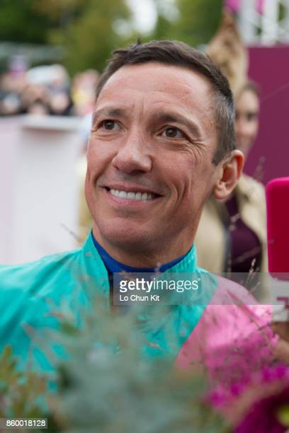 Frankie Dettori with Enable wins the 96th Qatar Prix de l'Arc de Triomphe at Chantilly racecourse on October 1 2017 in Chantilly France Frankie...