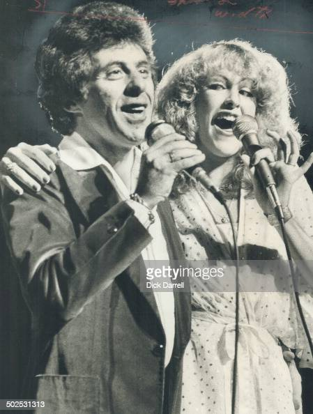 Frankie Valli sings briefly with backup singer Kim O'Kelly in show at the Grandstand last night Star staff writer Peter Goddard says Valli's...