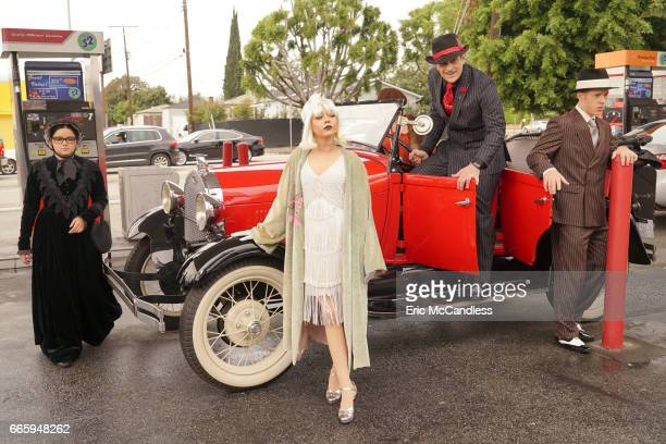 FAMILY 'Frank's Wedding' Frank Dunphy's Roaring 20sthemed wedding day is finally here and to get into the spirit Phil gets the Dunphy clan to show up...