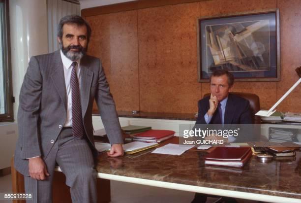 François Pinault et Bernard Lemaire président du groupe canadien Cascades unis pour la reprise de l'entreprise de papeterie La ChapelleDarblay le 4...